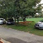Parkování před sklepem